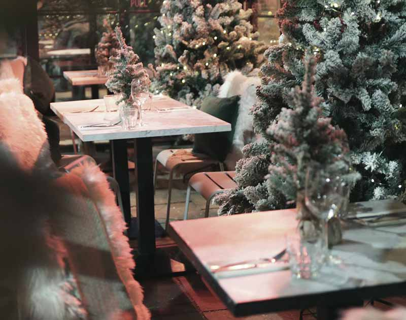 Christmas meal and Christmas party in pub garden, SW12 London